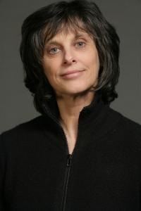 Pamela Grundy Headshot